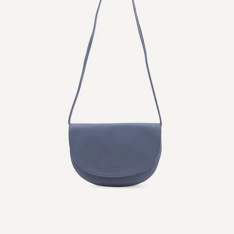 Soma half moon bag faded blue | Monk and Anna
