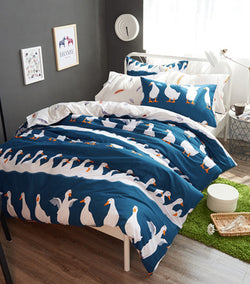 Blue Swan Bedding Set