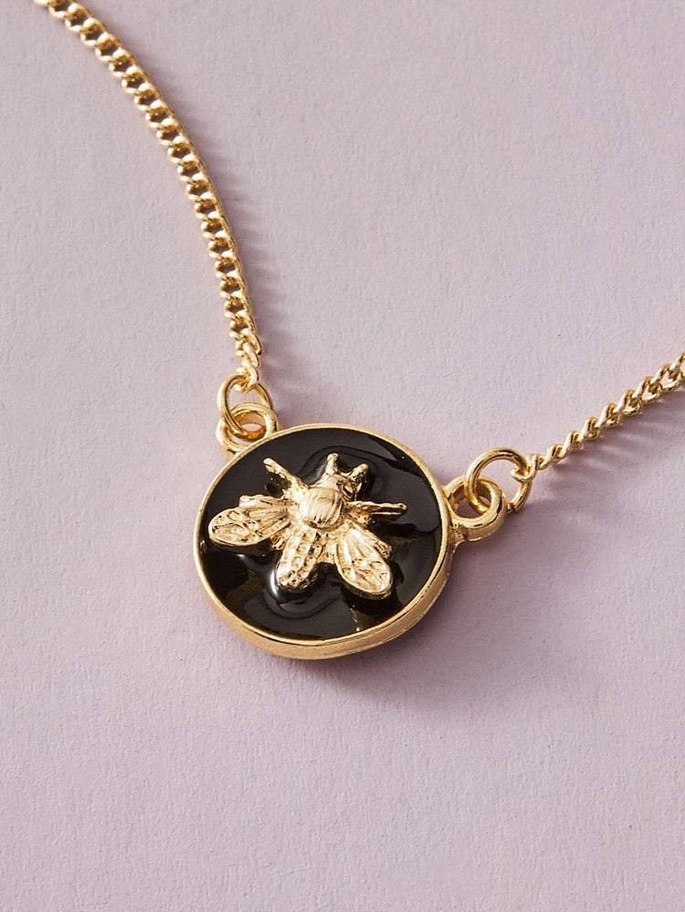 ALB Black Circle Gold Bee Necklace