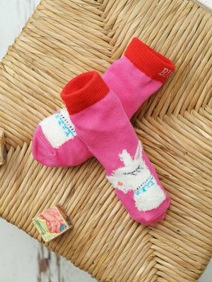 Load image into Gallery viewer, Blade and Rose Fluffy Llama Socks