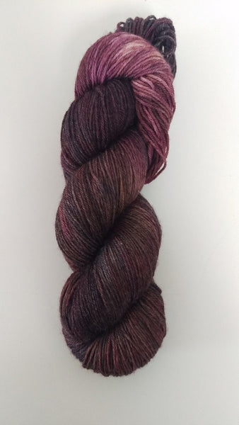 Superwash Merino / Bamboo, 4 ply, 100g - Aubergines