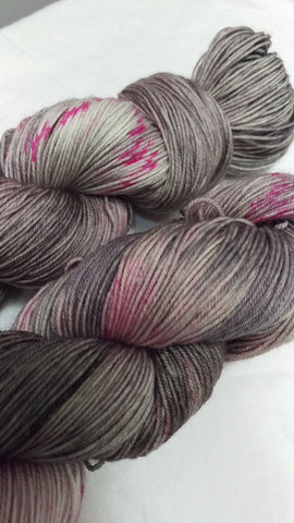 Superwash Merino / Nylon, 4 ply (sock), 100g - Muted Raspberry Marshmallow