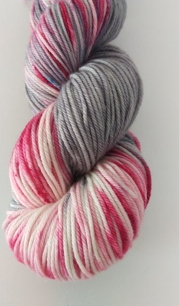 Superwash Extra Fine Merino DK (8 ply), 115g - Raspberry Marshmallow