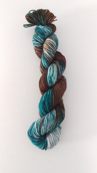 Superwash Merino / Nylon, 4 ply (sock), 50g - Sea Kelp