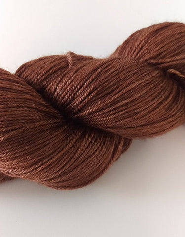 lSuperwash Merino / Silk, 4 ply (fingering/sock), 100g - Balsamic Vinegar