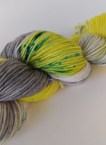 Superwash Extra Fine Merino DK (8 ply), 115g - Cloudy Lemonade with a Twist