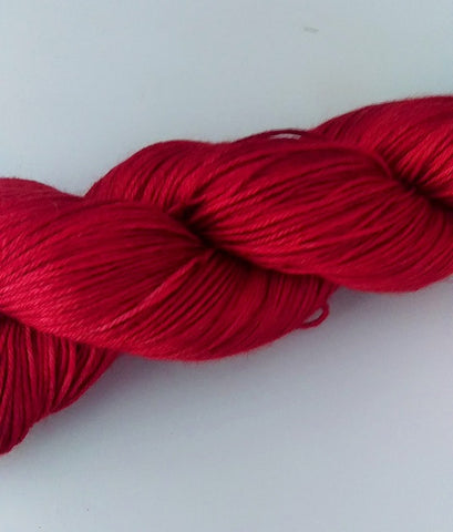 Superwash Merino / Silk, 4 ply (fingering/sock), 100g - Red Apple