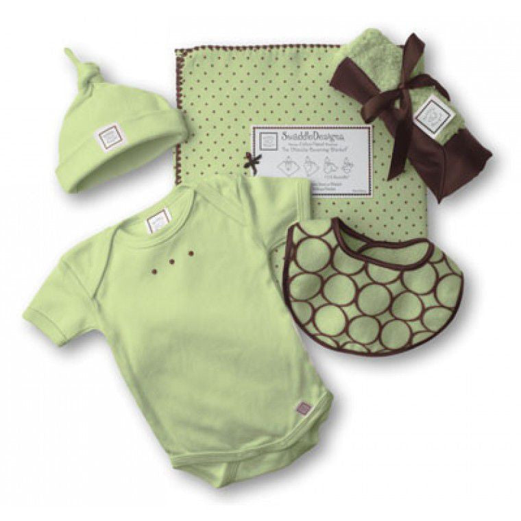 Bringing Home Baby Newborn Gift Set Lime