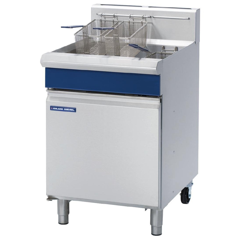 Blue Seal by Moffat Single Pan VeeRay Deep Fryer 31 Ltr Capacity with Mechanical Controls LPG GT60