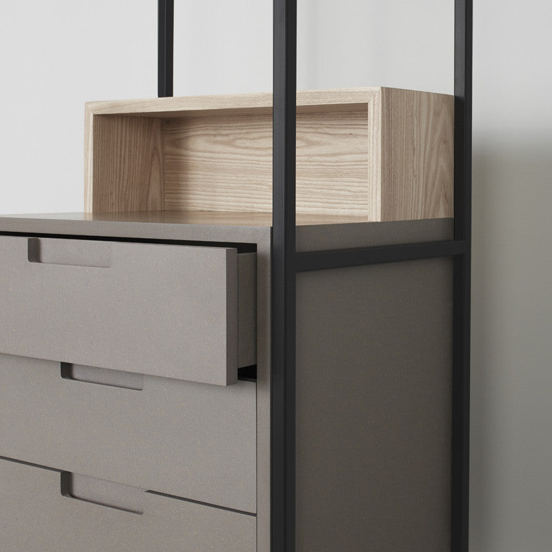 Chest of Drawers // Alexandra
