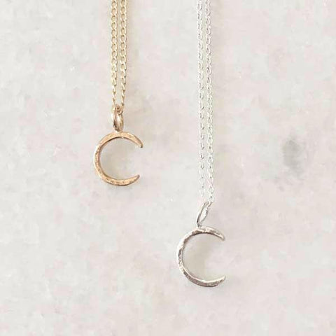 Crescent Moon Necklace - Gold 14K