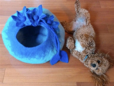 Shep's Sapphire Blue Lily CAT CAVE 100% Wool Handmade Cat Cozy Pet Bed Kitty Cup