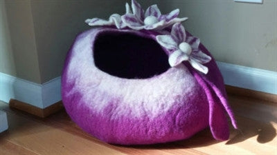 Shep's Purple Lily CAT CAVE 100% Wool Handmade Cat Cozy Pet Bed Kitty Cup