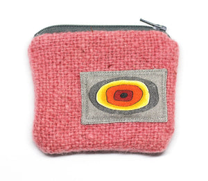 UpCYCLED BAnIN WoOL PuRSES