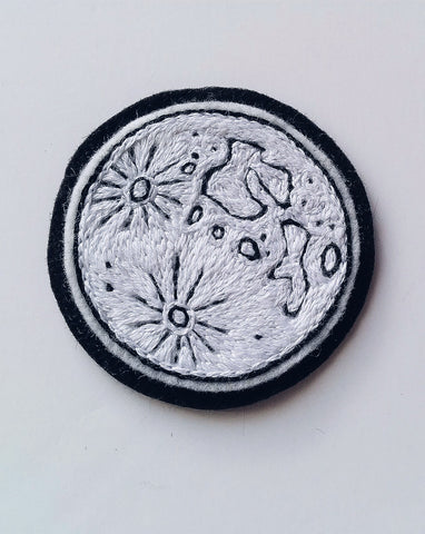 Eradura Hand Embroidered Full Moon Luna Patch with white chainstitch fill
