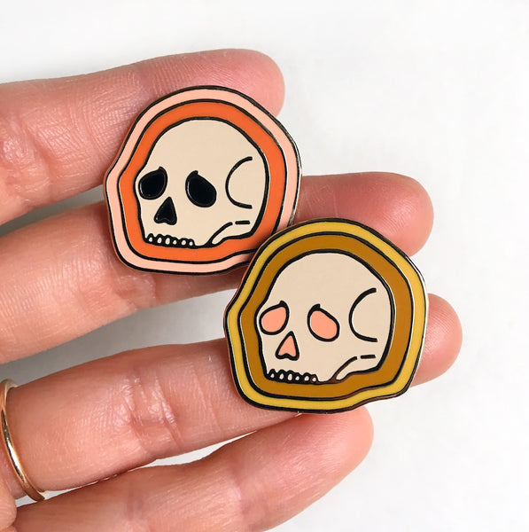 Red Aura ~ Deserted Skull Enamel Pin