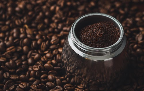 Ground Coffee vs Whole Bean: 3 Things to Consider  When Making Your Choice