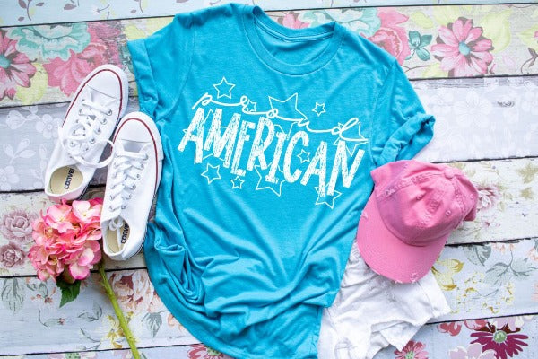 "(1) Short sleeve shirt ""Proud American"" (accessories in the photo are not included)"