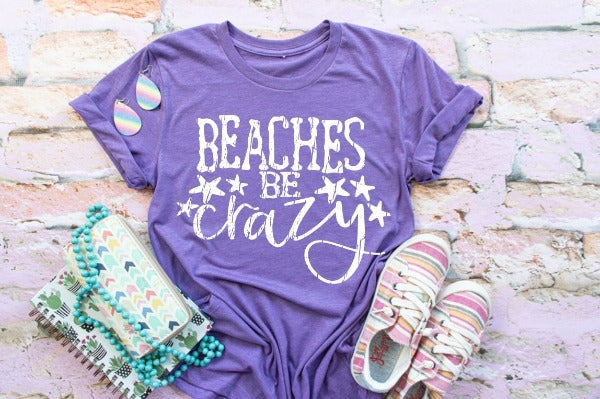 "(1) Short sleeve shirt ""Beaches Be Crazy"" (accessories in the photo are not included)"