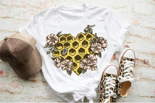 "Short sleeve shirt ""Beehive Heart"" (accessories in the photo are not included)."