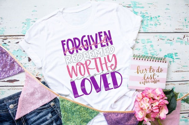 "(1) Short sleeve shirt ""Forgiven Saved Worthy"" (accessories in the photo are not included)"
