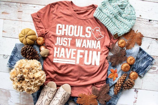 "(1) Short sleeve shirt ""Ghouls Just Wanna Have Fun"" (accessories in the photo are not included)"