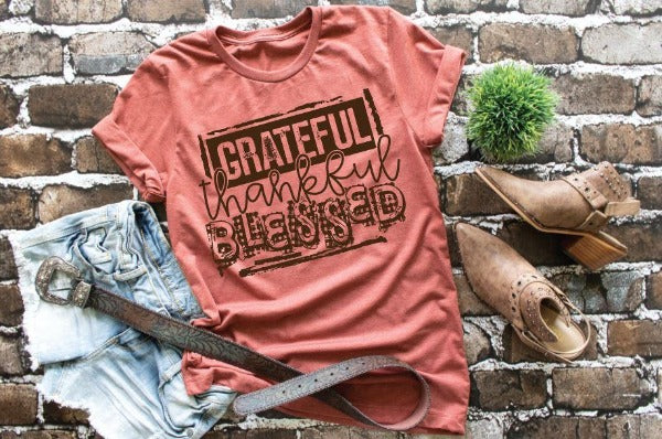 "(1) Short sleeve shirt ""Grateful Thankful Blessed"" (accessories in the photo are not included)"