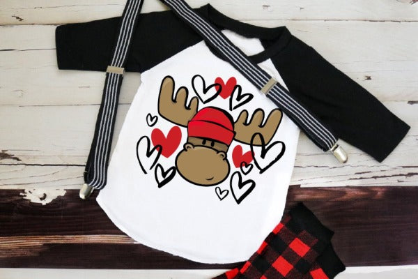 "(1) 3/4 sleeve shirt ""Moose Love"" (accessories in the photo are not included)."
