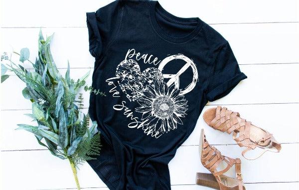 "(1) Short sleeve shirt ""Peace Love Sunshine"" (accessories in the photo are not included)"