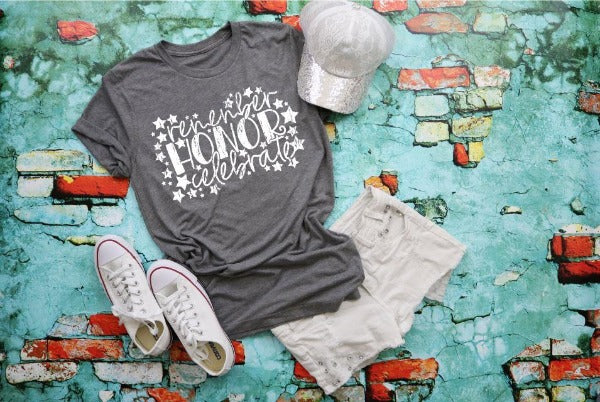 "1) Short sleeve shirt ""Remember Honor Celebrate"" (accessories in the photo are not included)"