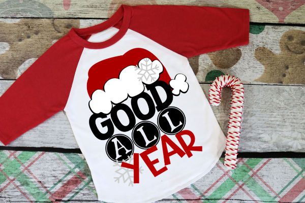 "(1) 3/4 sleeve shirt ""Good All Year"" (accessories in the photo are not included)"