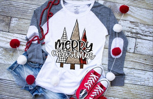 "(1) long sleeve shirt ""Merry Christmas Trees"" (accessories in the photo are not included)."