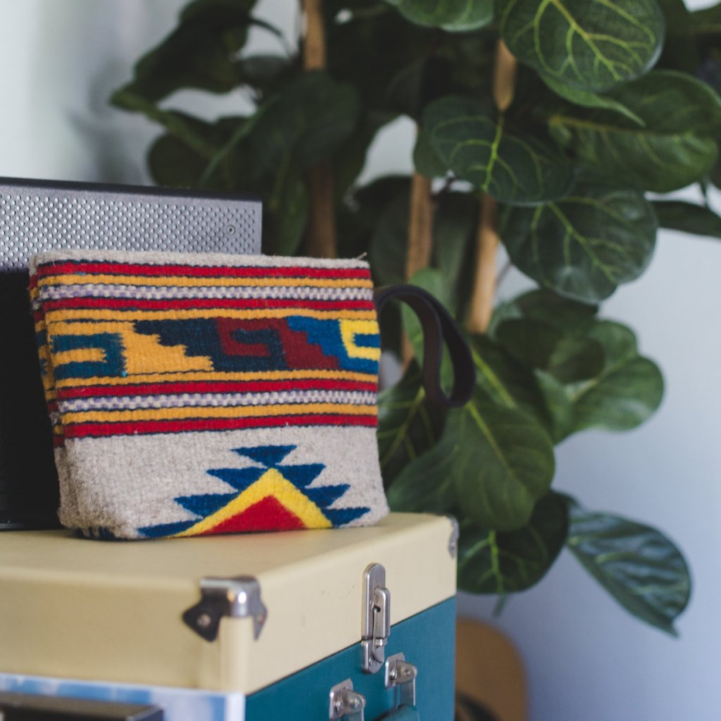 Gray Wool Clutch Purse With Zapotec Mitla Designs In Red, Yellow And Blue, With Brown Leather Strap