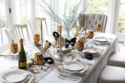 Inspiring New Year's Eve Table Setting Ideas For That Night At Home