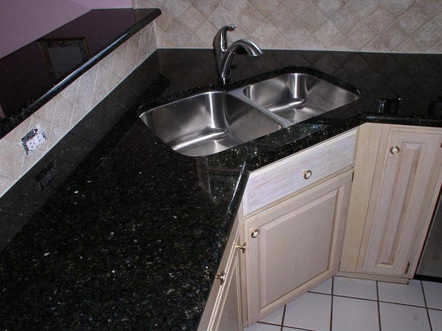 Black Galaxy Prefab Granite Countertop