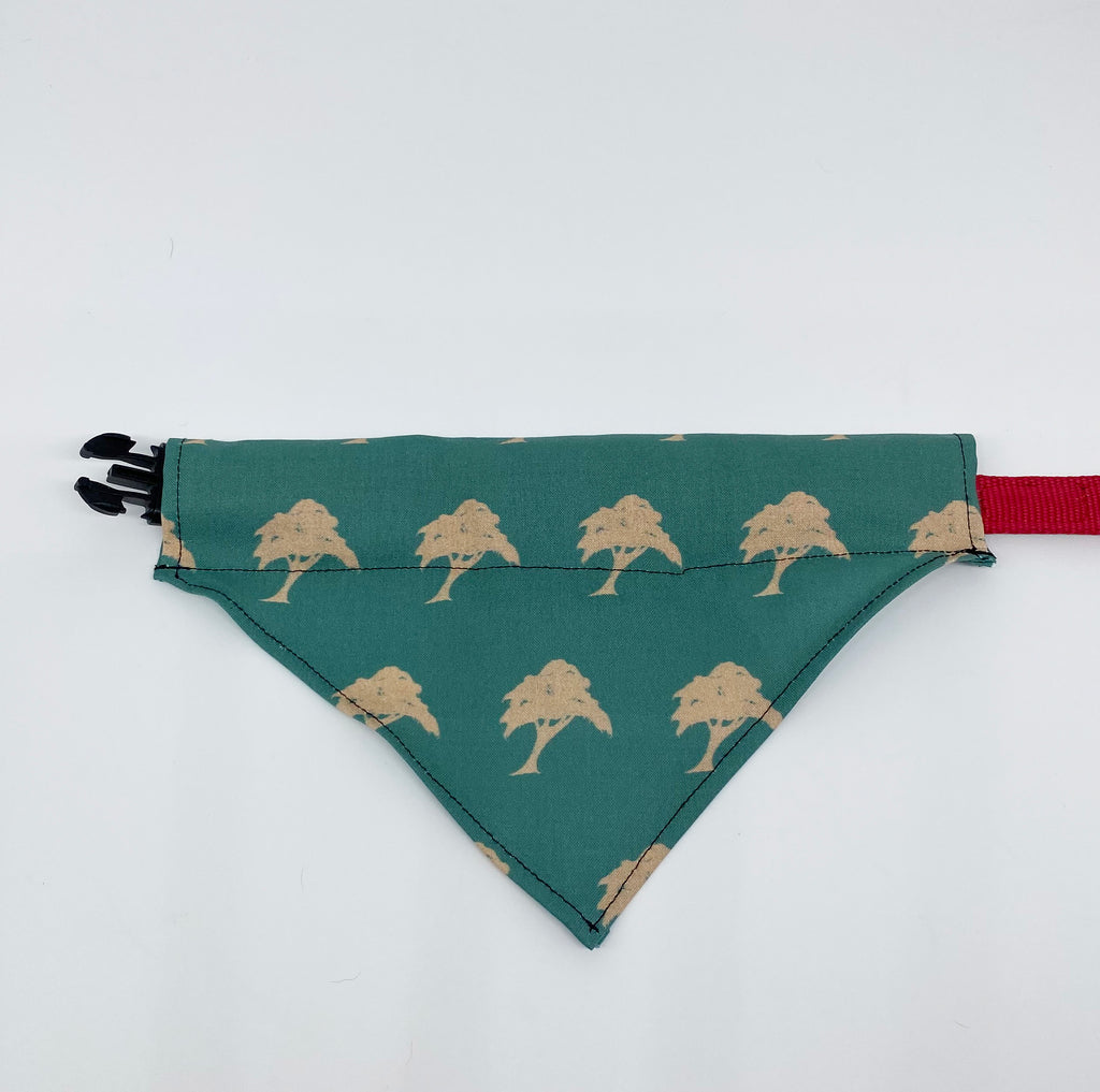 Dog bandana with trees