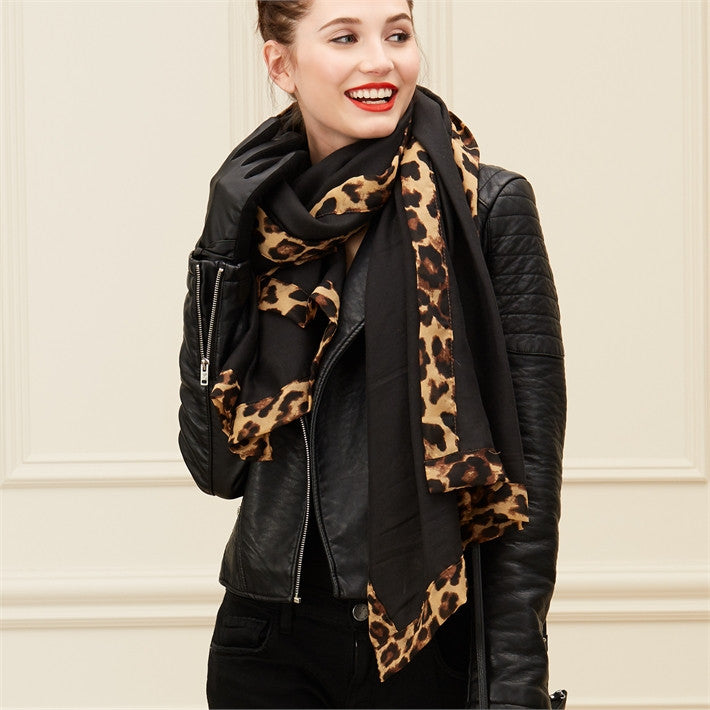 Show Your Spots Woven Leopard Border Scarf