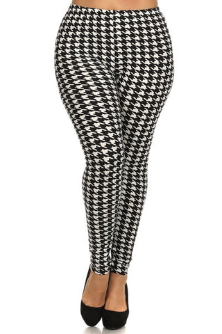 Plus Size Hounds Tooth Leggings