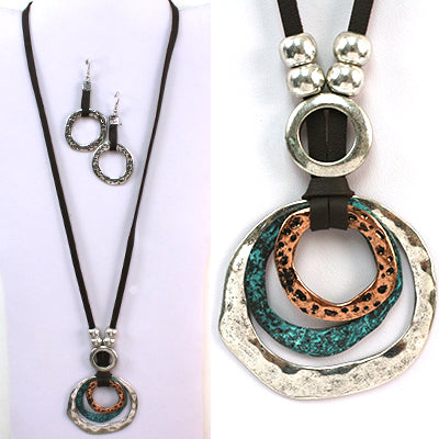 metal 3 circle multi colored (silver, aqua and brown) on faux leather black chain
