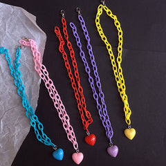 pastel chain  heart necklace 2000's