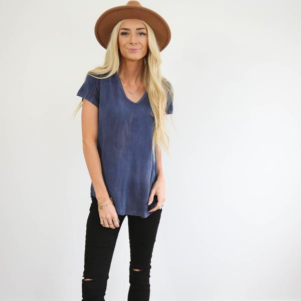 Navy Basic V-Neck