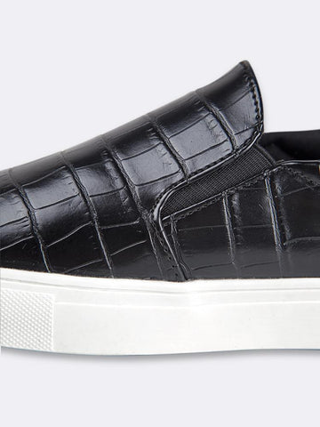Fashion Slip On Sneaker