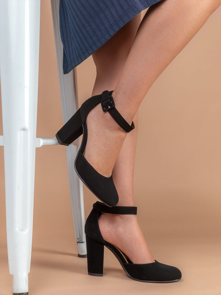 Round Closed Toe Ankle Strap Chunky High Heel