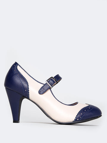 Round Toe Oxford Heel