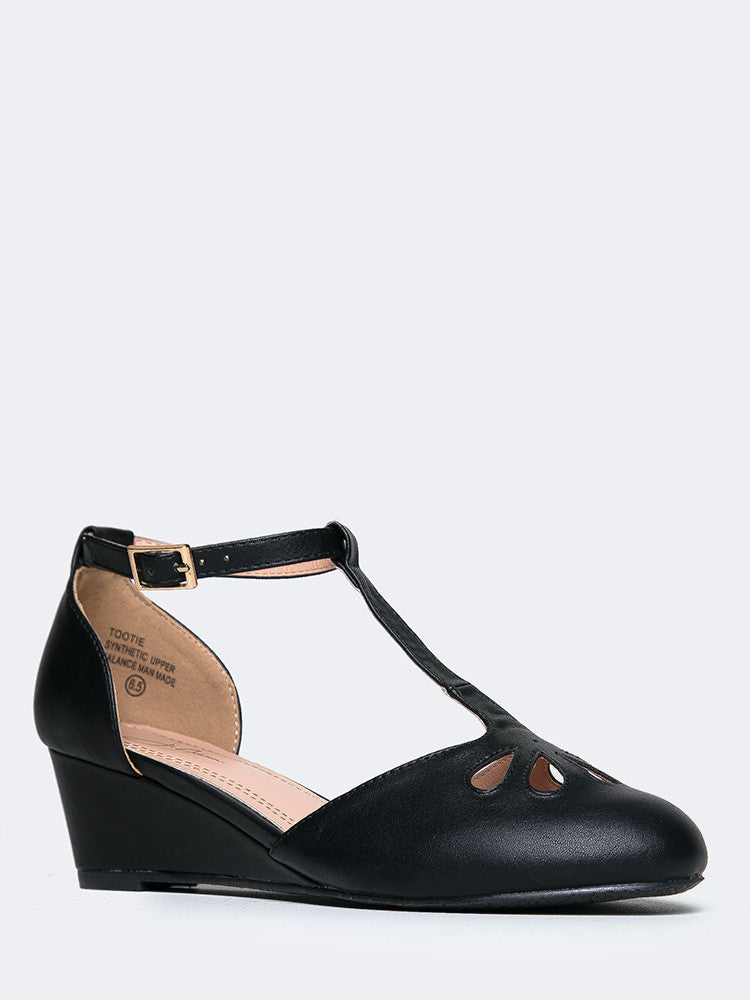 Retro Mary Jane Wedge
