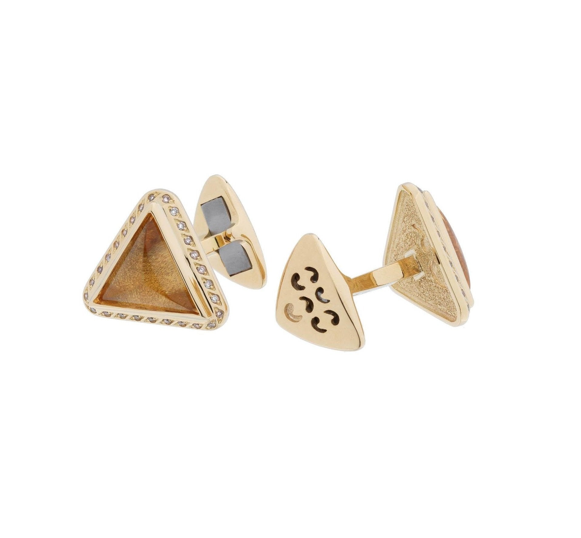 Andrea Single Triangle Cufflinks