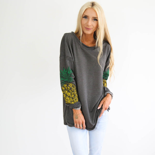Beach Pineapple Top in Charcoal
