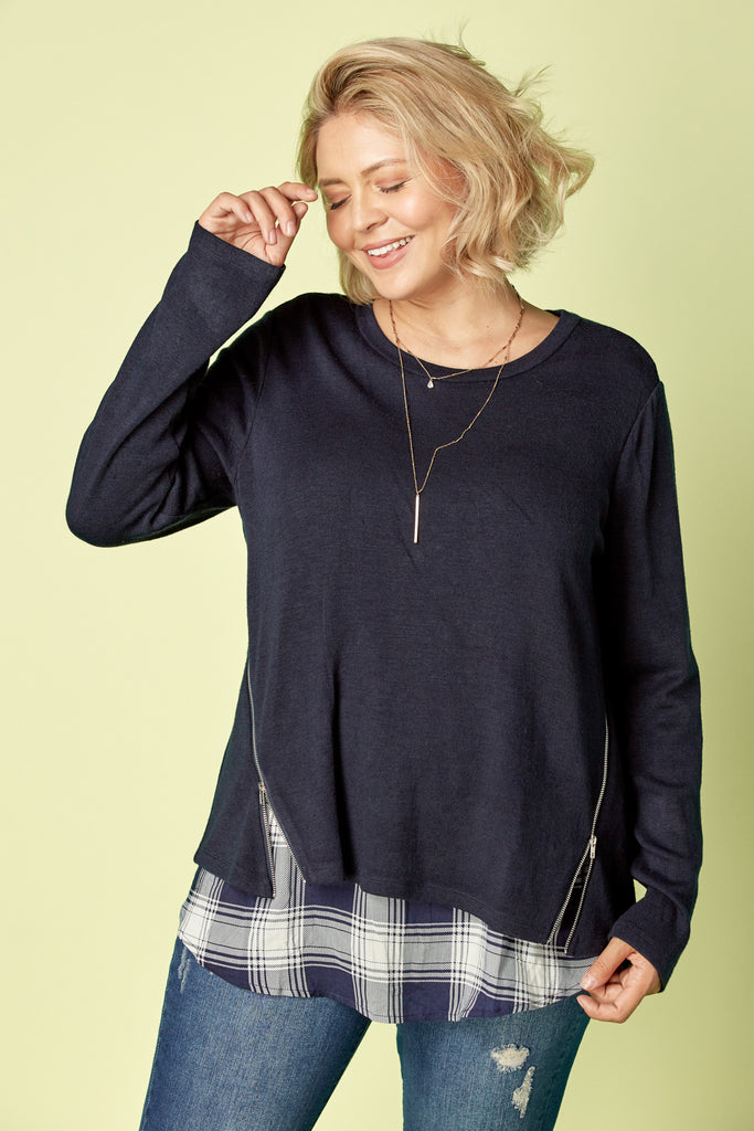 Katy Plaid Top in Navy CRVY