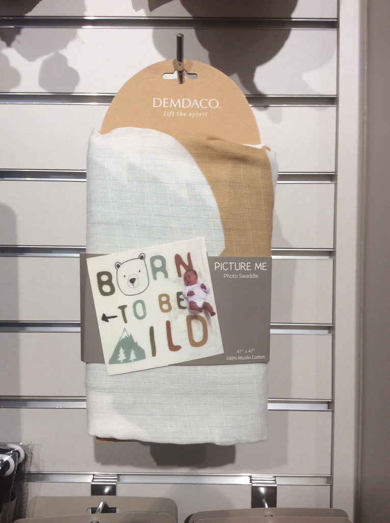 Born Wild Photo Swaddle