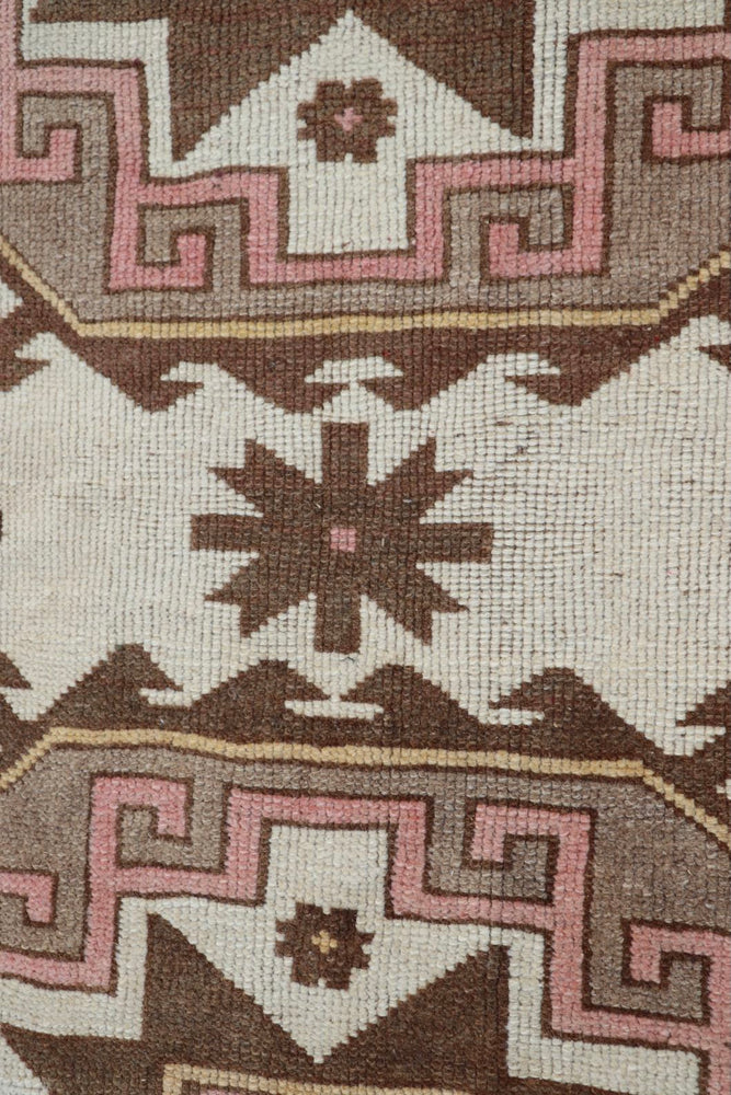 Load image into Gallery viewer, Turkish Area Rug 3' x 4'5""